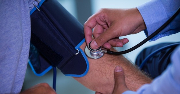 UHF magas vérnyomás esetén