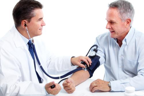 népi gyógymódok magas vérnyomás és fejfájás ellen akit magas vérnyomás miatt kezeltek