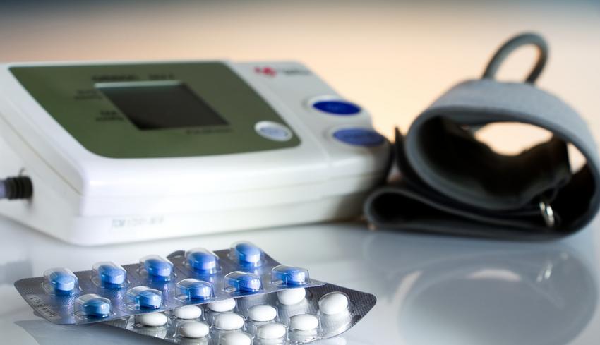 hipertónia okozta látásromlás megszabadulni a magas vérnyomástól; a nyomás csökkentése gyógyszeres kezelés nélkül
