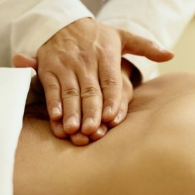 masszázs magas vérnyomás technikákhoz magas vérnyomás klinikák