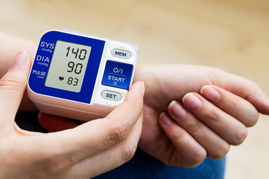 nézzen torna magas vérnyomásban