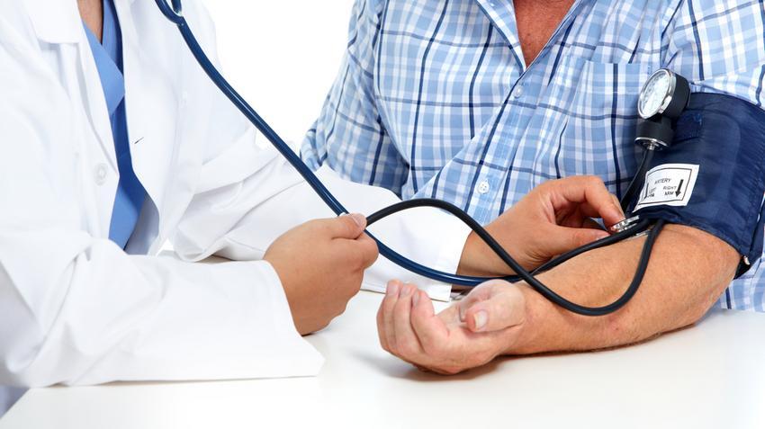 magas vérnyomás 3 stádiumú 4 kockázati csoport