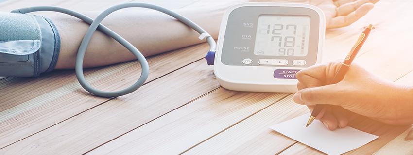 Mit igyunk magas vérnyomás ellen?