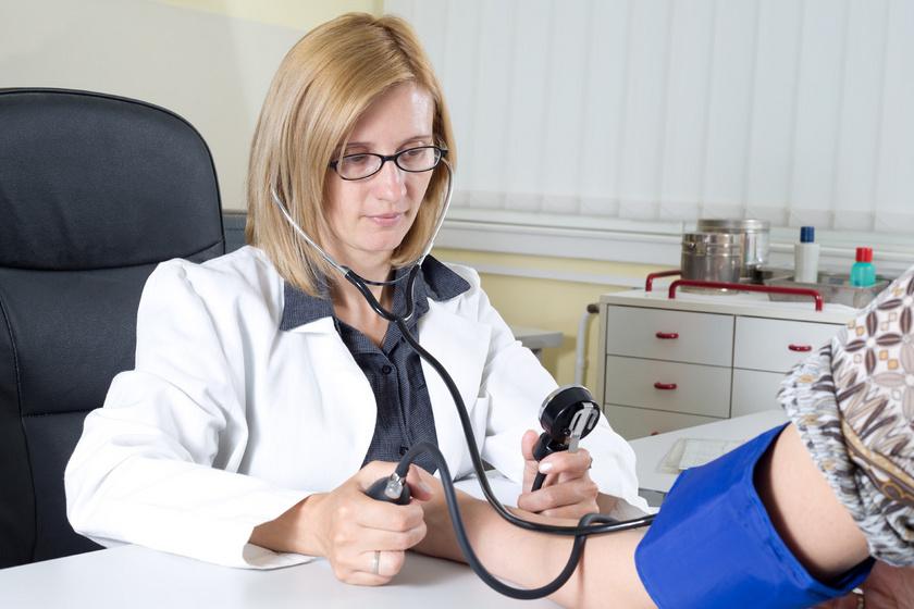 Magas a vérnyomása? Segíthet a lépcsőzés