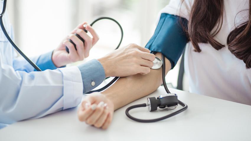 hipertónia gyermekeknél tünetek lonc magas vérnyomás esetén