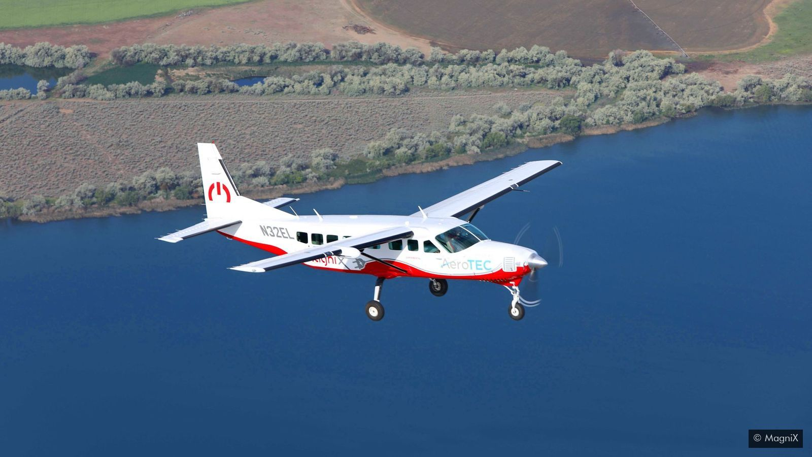 magas vérnyomású repülőgépen repül lehetséges-e engedélyt szerezni magas vérnyomás esetén