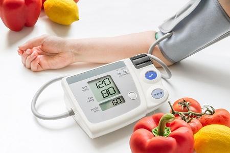 magas vérnyomás vérnyomásmérő krónikus hipertónia kórtörténete