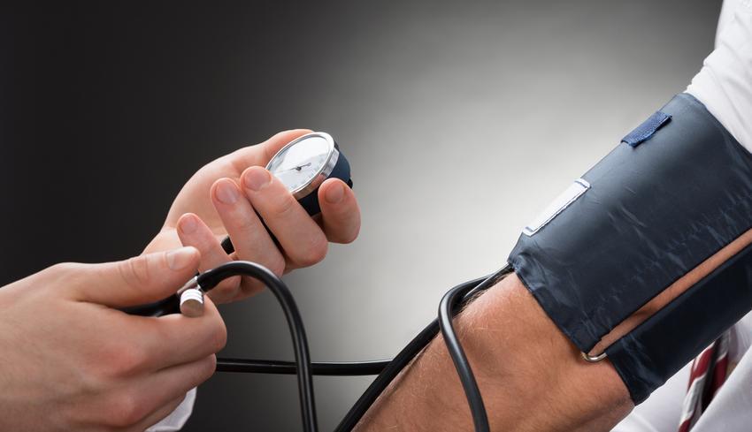 forró fürdők magas vérnyomás ellen gyógyíthatja a 2 fokú magas vérnyomást